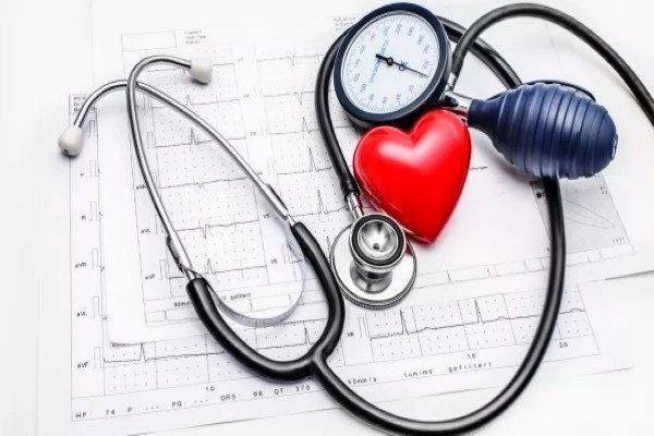 تنظیم فشار خون با ژل رویال
